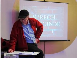 Borsig-Blinks / Rolf Dennemann hält Sprechstunde. Foto: Borsig11