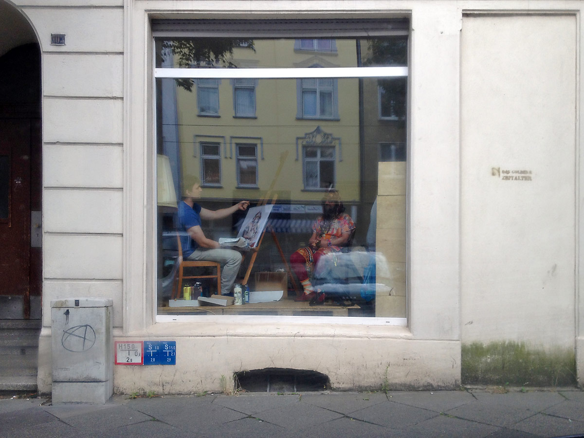 Portraitmalerei in der 103. Foto: Guido Meincke