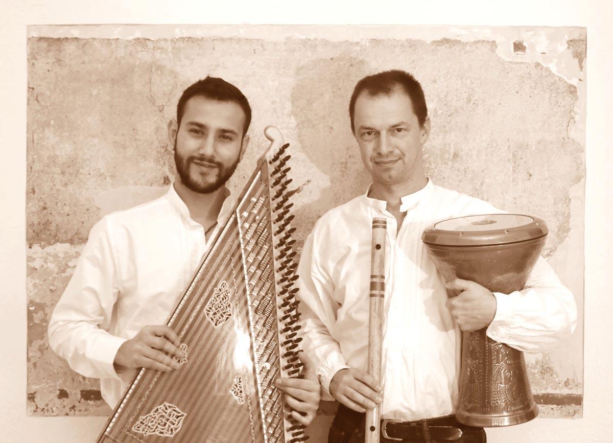 Tarek-Tobi-sepia1200